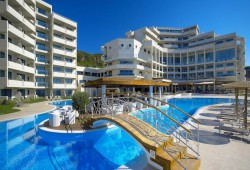 Tourist hotels